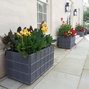 Filler: The Estate Lead Planters