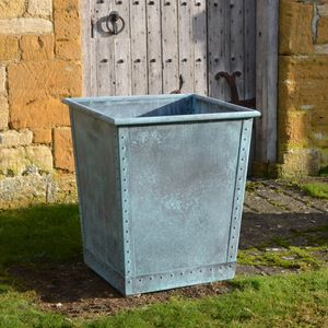 The Square Terrace Copper Garden Planter - Medium - Rolled Edge