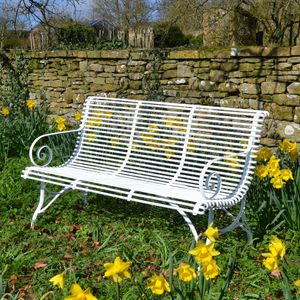 The Medium Straight Ladderback Garden Seat
