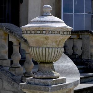 Filler: The Heritage Finial - Age Patinated Artificial Stone
