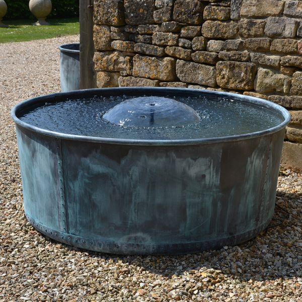The Courtyard Copper Garden Planter - Large - Rolled Edge - Watertight