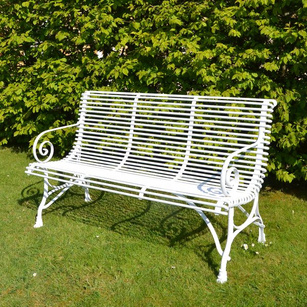 The Medium Straight Ladderback Garden Seat