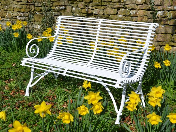The Small Straight Ladderback Garden Seat