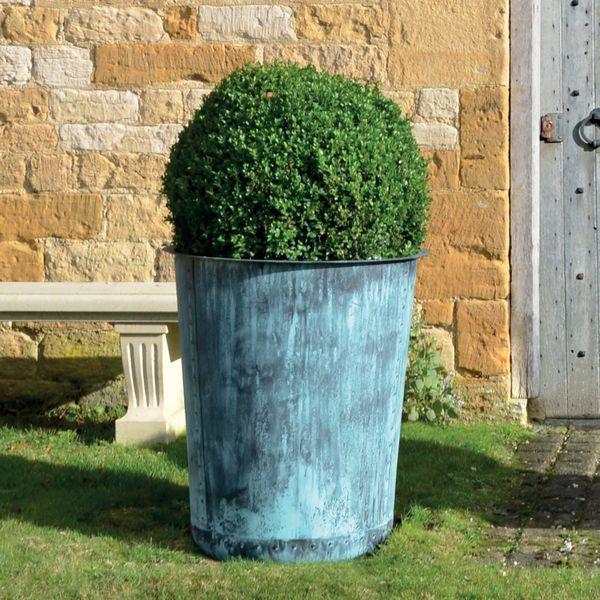 The Circular Terrace Copper Garden Planter - Medium