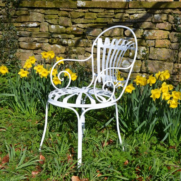 The Sprung Carver Garden Chair