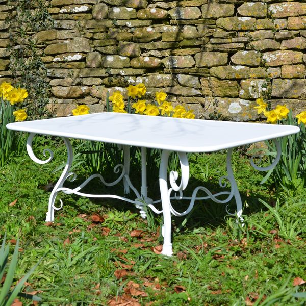 The Rectangular Garden Coffee Table