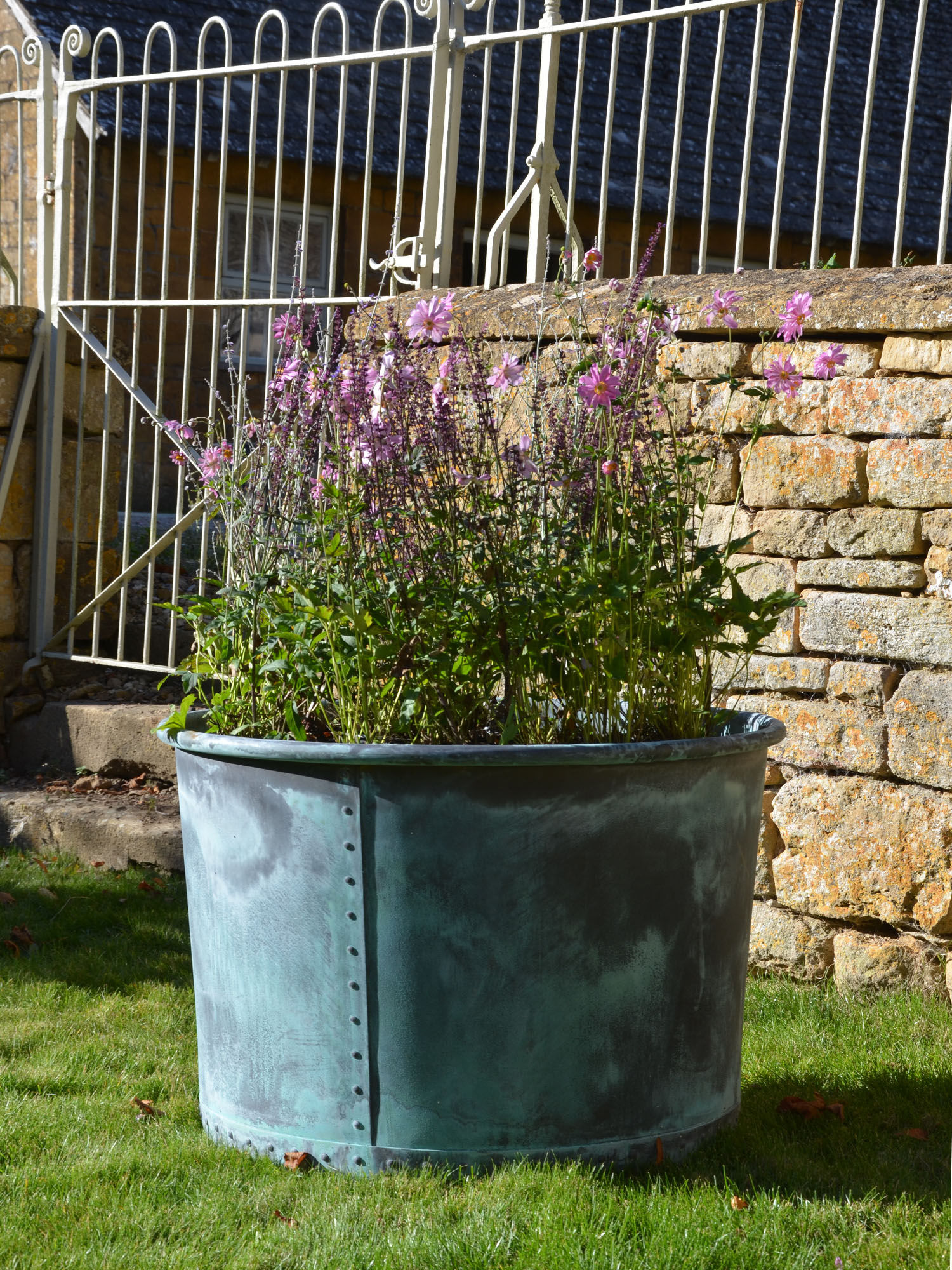 The Circular Copper Planter Large - Rolled Edge