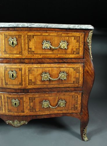 Louis XV kingwood commode