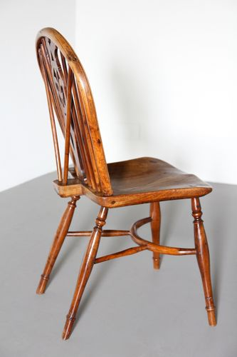 Antique 19th Century Yew Wood Windsor Chair