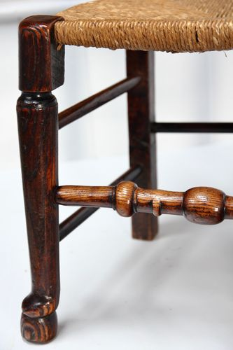 Set 6 19th Century Spindle Back Chairs V291