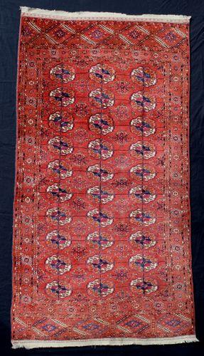 Fine Late 19th-century Tekke Turkoman Rug