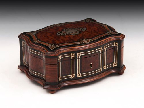 Thuya Jewellery Box
