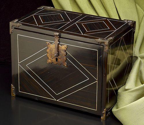 German Table Box