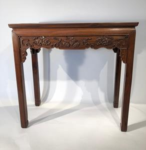 20th Century Chinese Alter Table