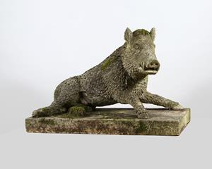 Garden statue of The Uffizi Boar