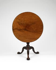 18th Century Chippendale Period Tripod-Base Table