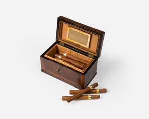 18th Century Burr-Yew Wood Humidor