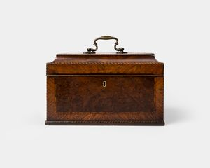 18th Century Burr-Yew Wood Tea Caddy