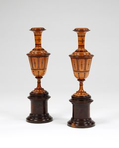 Pair boxwood chimney ornaments