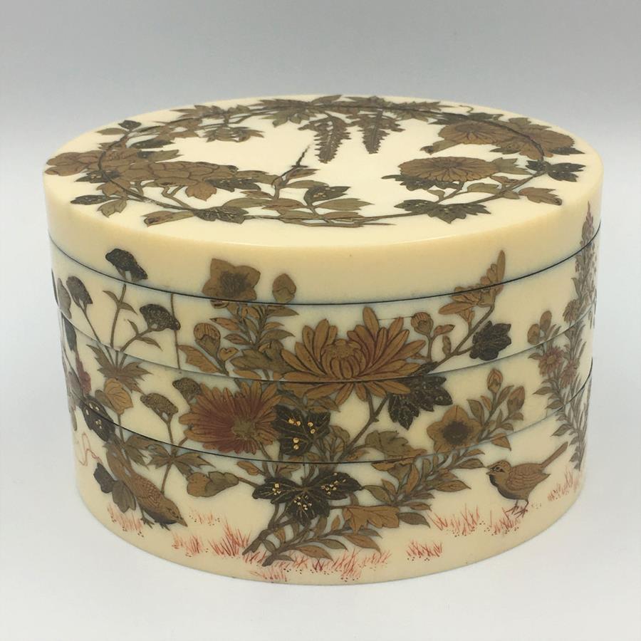 Japanese ivory box