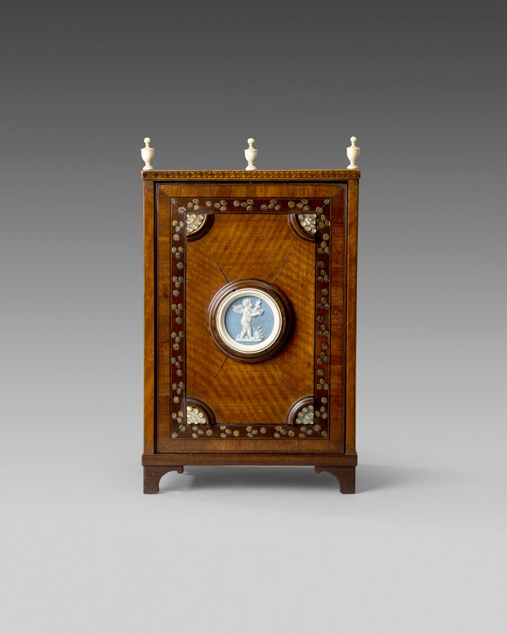 18th century satinwood collectors cabinet