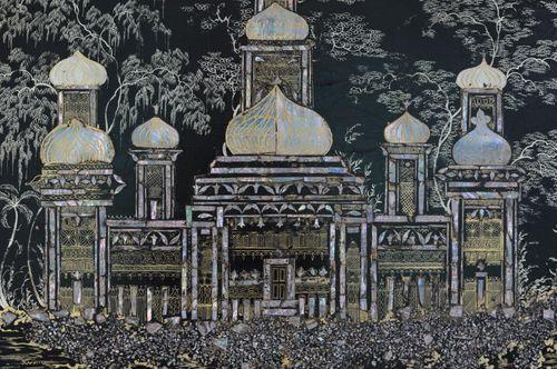 Large Papier-mâché Tray depicting Brighton Pavilion