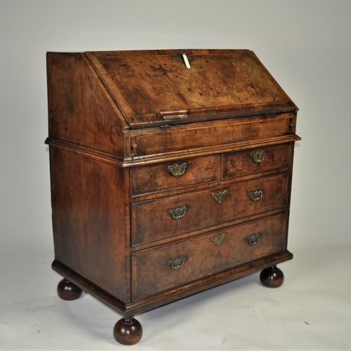 Small Queen Anne period walnut bureau