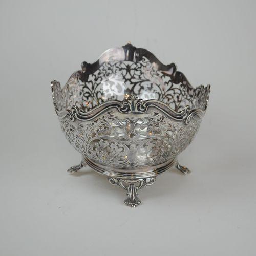 Pierced silver Fruit Basket