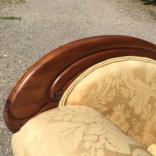 Mid 19th Century Carved Mahogany Chaise Longue