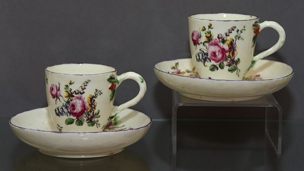 Pair of Mennecy Cups and Saucers
