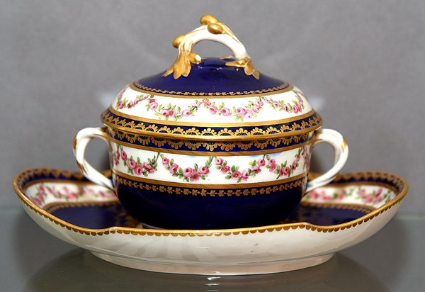 Sèvres Covered Bowl and Stand
