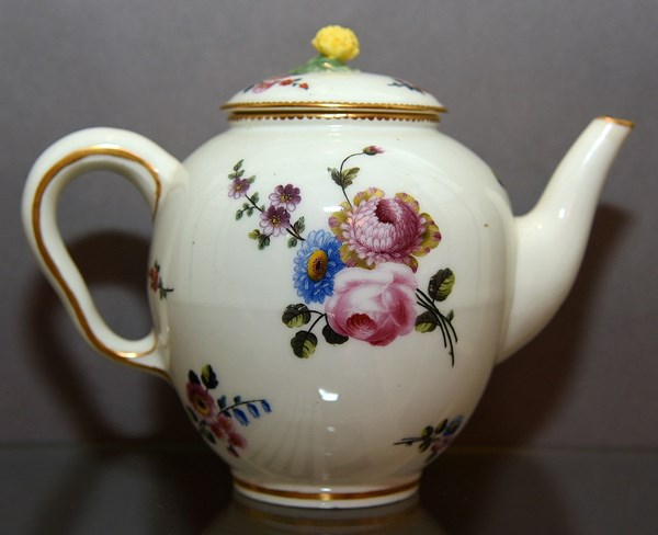 Sèvres Teapot and Cover