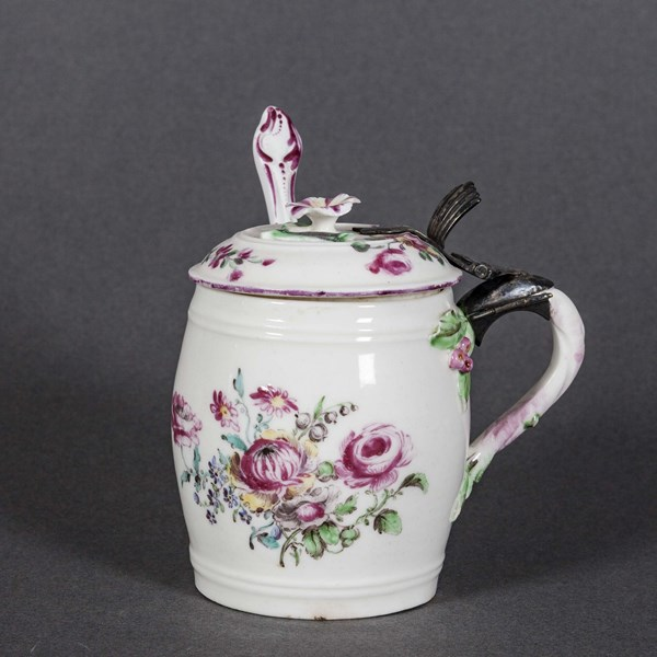 Mennecy Mustard Pot and Cover