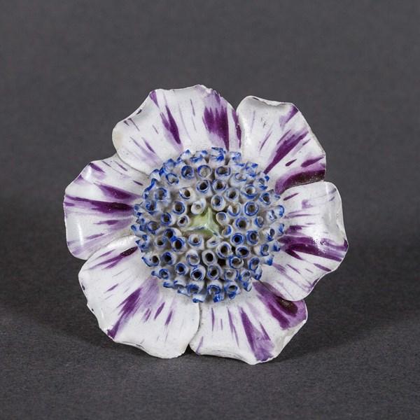 Vincennes Flower Head
