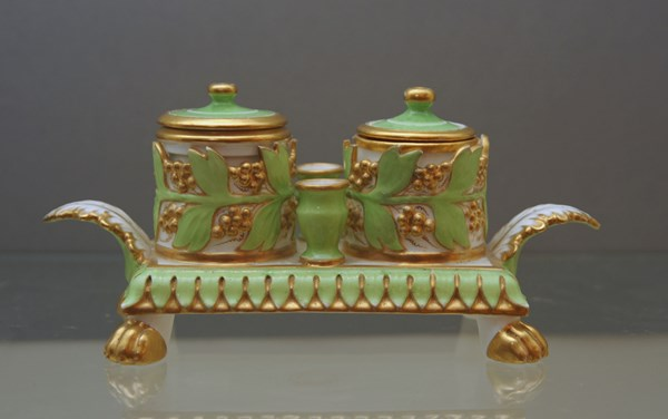 A Bloor Derby rectangular inkstand