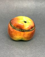Enamel Apple Bonbonniere