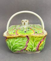 Pot-Pourri Cabbage Leaf Basket