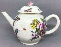 Chinese Export Teapot and Cover