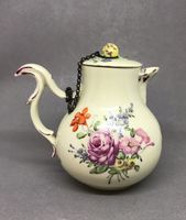 Zurich Hot Water Jug and Cover