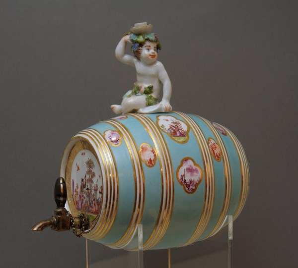 Meissen Sprit or Table Barrel