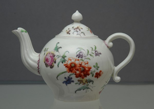Derby Teapot and Cover