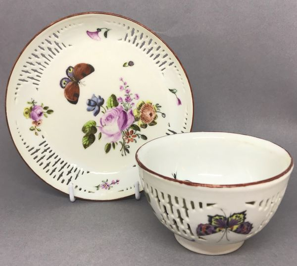 Chinese Export Tea Bowl and Saucer