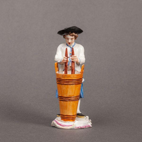 Frankenthal figure of a Vintner