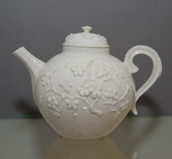 Mennecy Teapot and Cover