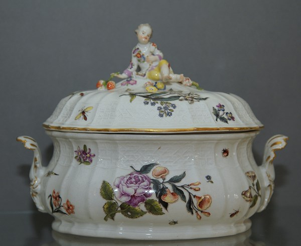Meissen Tureen and Cover