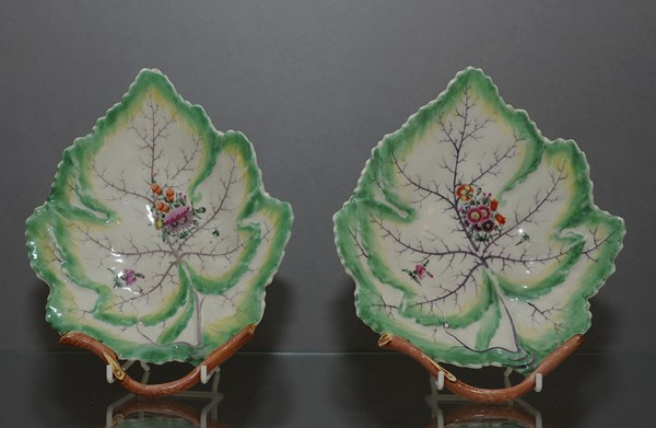 Worcester Leaf Dishes
