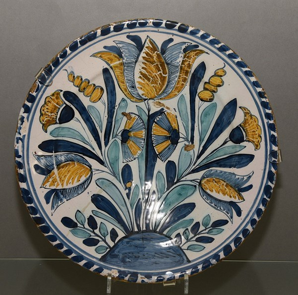 Delftware Charger